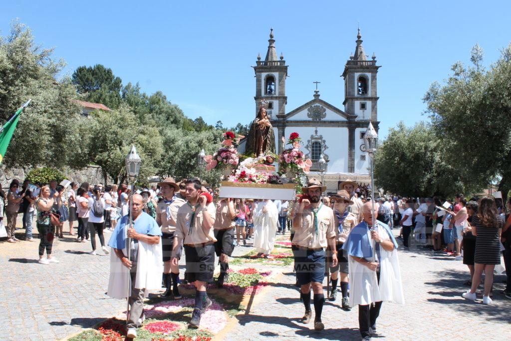 CERVÃES - Romaria e Missa Campal levaram centenas de pessoas ao Santuário do Bom Despacho