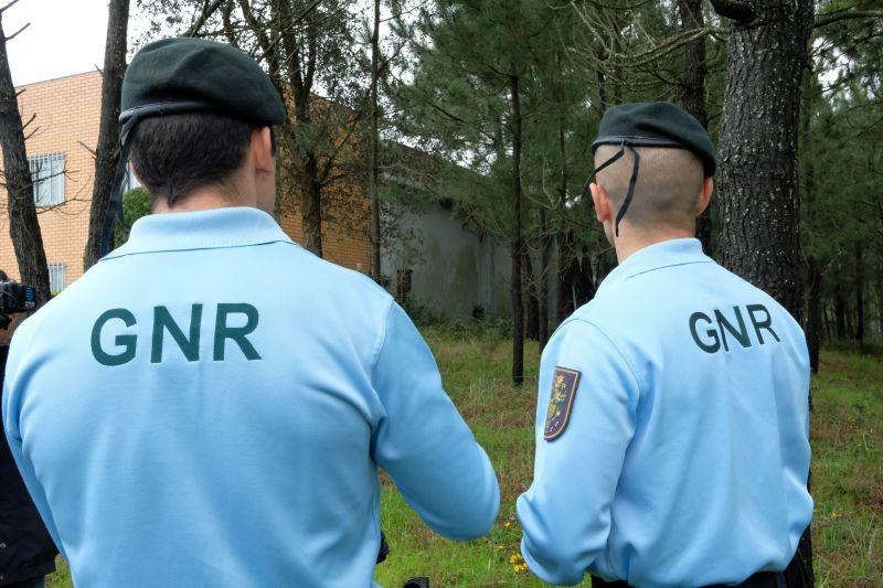 CRIME (Região) – Incendiário apanhado em flagrante por GNR fora de serviço