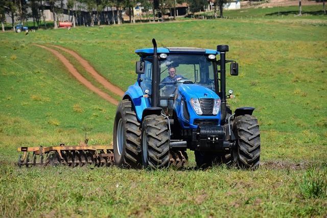 VILA VERDE - Sessão de esclarecimento sobre prevenção de acidentes com tractores e máquinas agrícolas/florestais esta sexta-feira