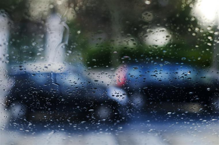 METEOROLOGIA - Descida da temperatura e previsão de chuva para sábado