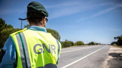 CRIME – Jovem detido com 39 notas falsas de 50 euros