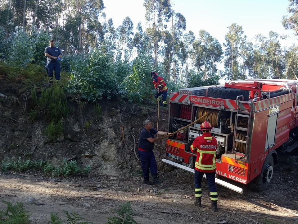 ALERTA (Vila Verde): Bombeiros combatem incêndios em Prado S. Miguel e Cabanelas