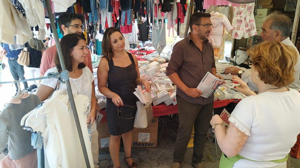 LEGISLATIVAS – Candidatos do Bloco em campanha na feira de Vila Verde