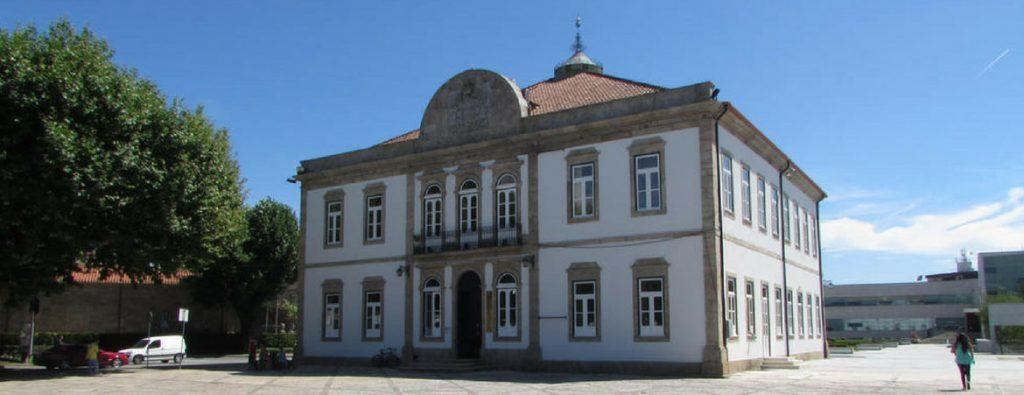 VILA VERDE – Biblioteca Municipal acolhe exposição sobre História e Cultura de Vila Verde