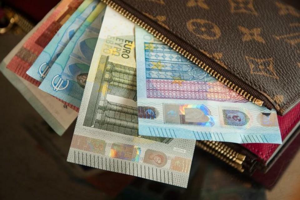 JUSTIÇA – Militar da GNR de Braga acusado de ficar com dinheiro de carteira perdida