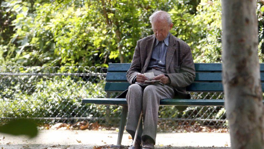 PAÍS - 66 anos e seis meses para conseguir a reforma em 2021