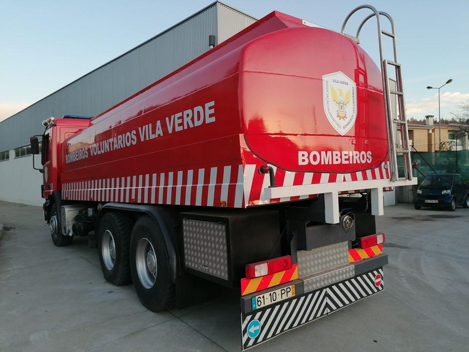 VILA VERDE – Bombeiros de Vila Verde têm novo veículo pesado
