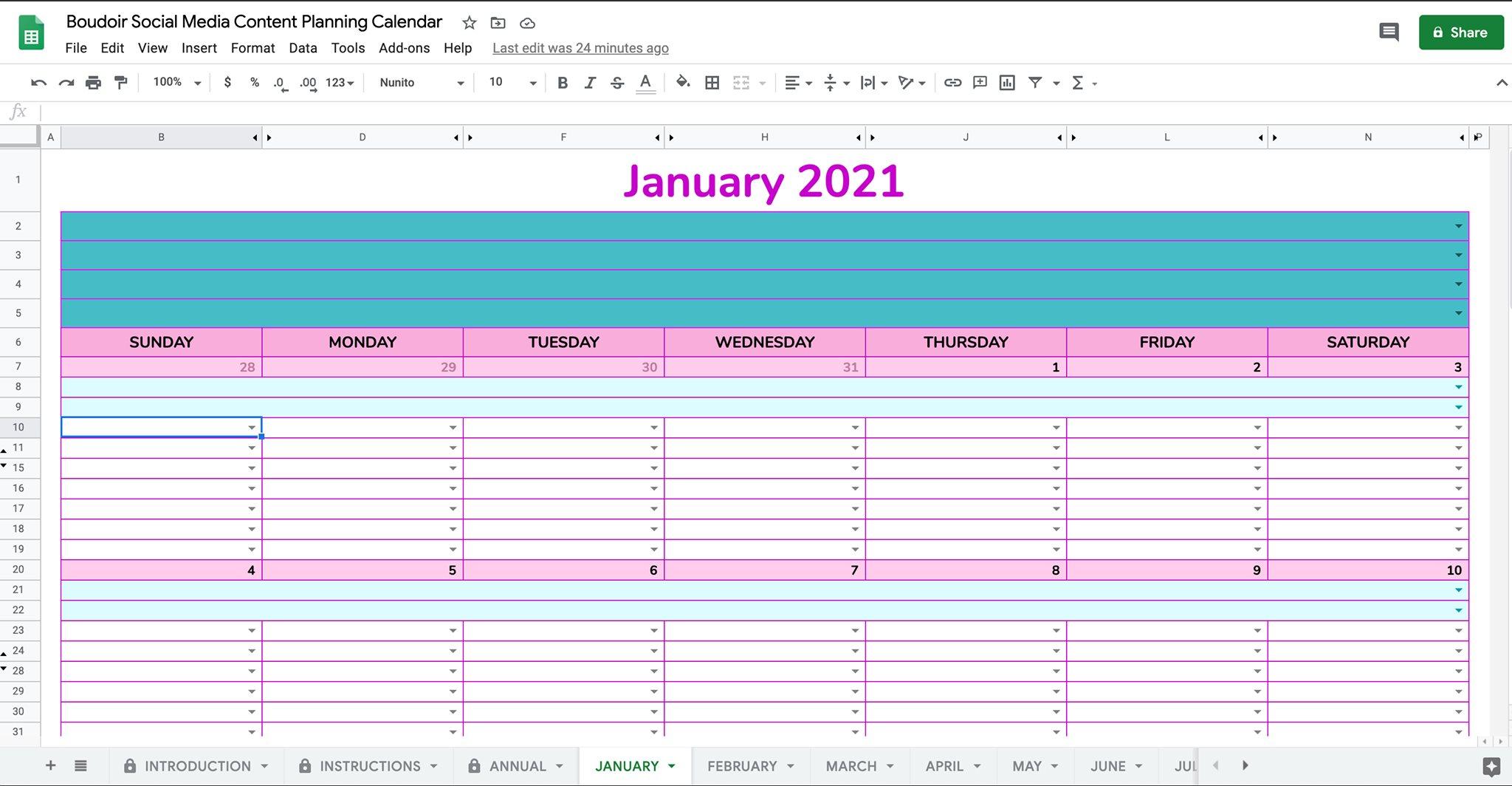 social media content planning calendar product photo