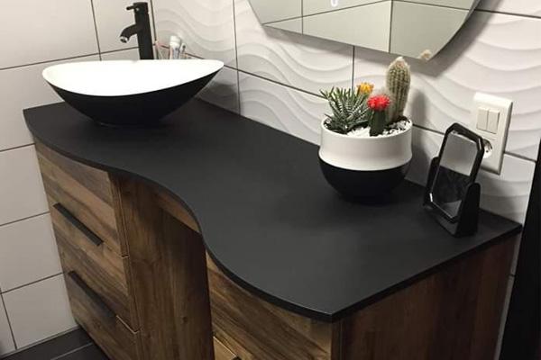 Vasque de salle de bain en céramique noir