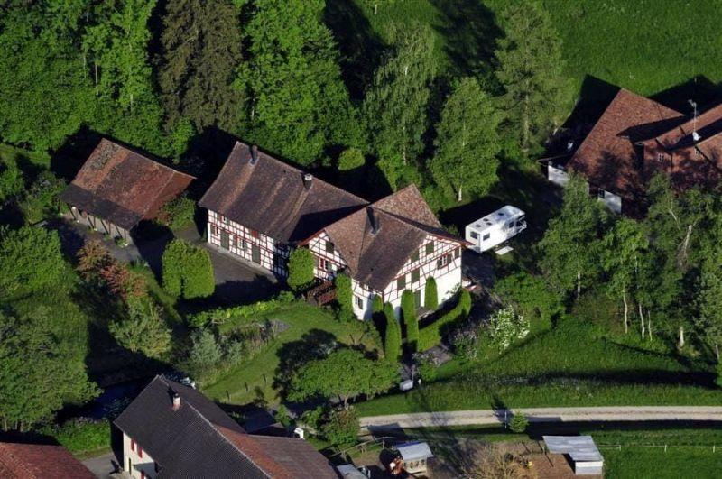 vettel house