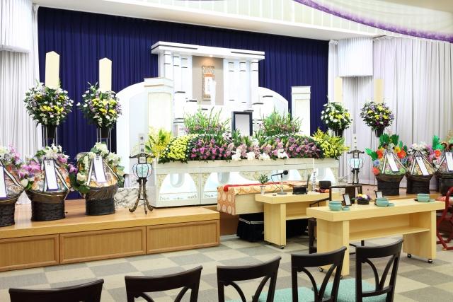 大規模な祭壇