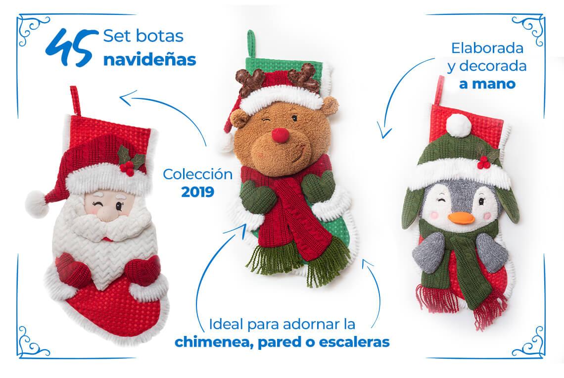 45.  Set de botas navideñasColección 2019Elaborada y decorada a manoIdeal para adornar la chimenea, pared o escaleras.