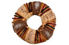 Rosca de Reyes gourmet con crema de avellana, 2.3 kg. Member's Mark.
