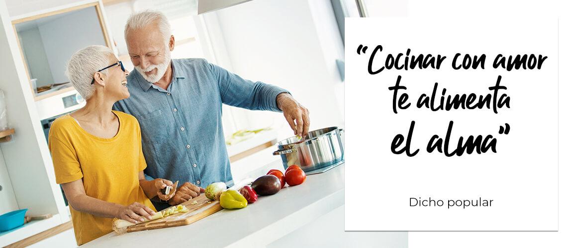 """""""Cocinar con amor te alimenta el alma"""". Dicho popular"""