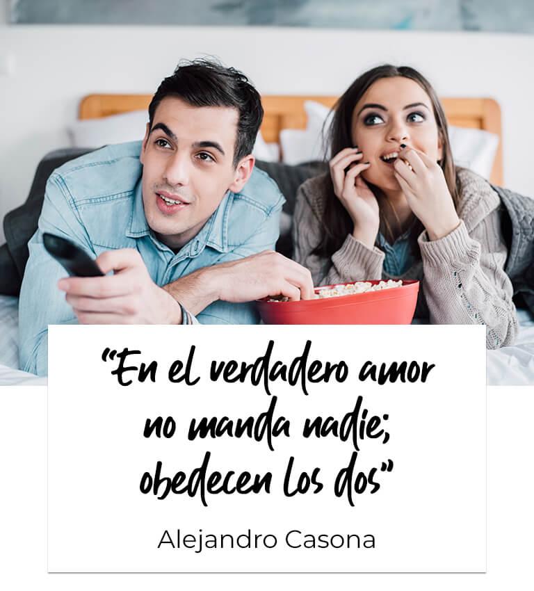 """""""En el verdadero amor no manda nadie; obedecen los dos"""". Alejandro Casona"""