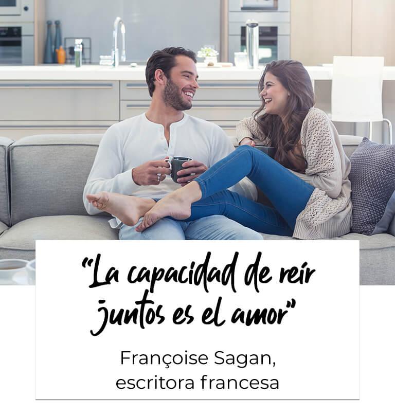 """""""La capacidad de reír juntos es el amor"""".Françoise Sagan, escritora francesa"""