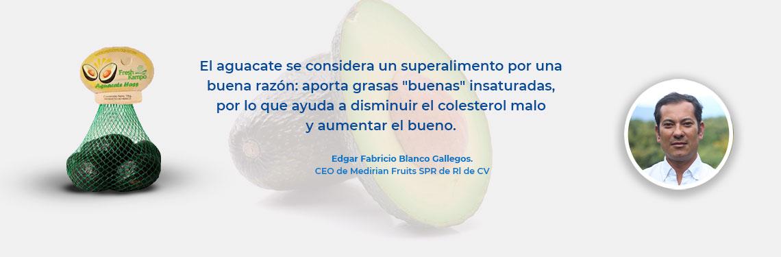 """El aguacate se considera un superalimento por una buena razón: aporta grasas """"buenas"""" insaturadas, por lo que ayuda a disminuir el colesterol malo y aumentar el bueno."""
