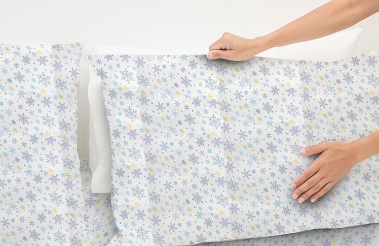 Almohadas cómodas con fundas de franela