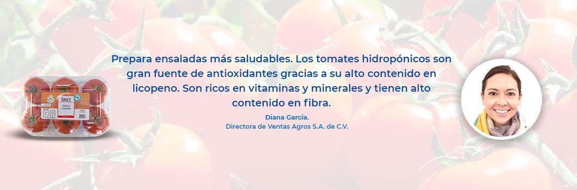 Prepara ensaladas más saludables. Los tomates hidropónicos son gran fuente de antioxidantes gracias a su alto contenido en licopeno. Son ricos en vitaminas y minerales y tienen alto contenido en fibra.