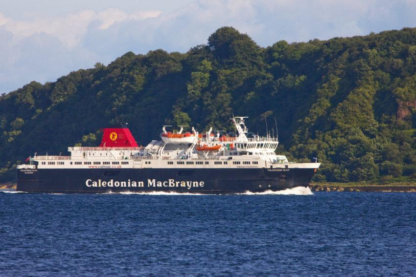 Great Shot Caledonian Isles Arrives Brodick Bay Arran