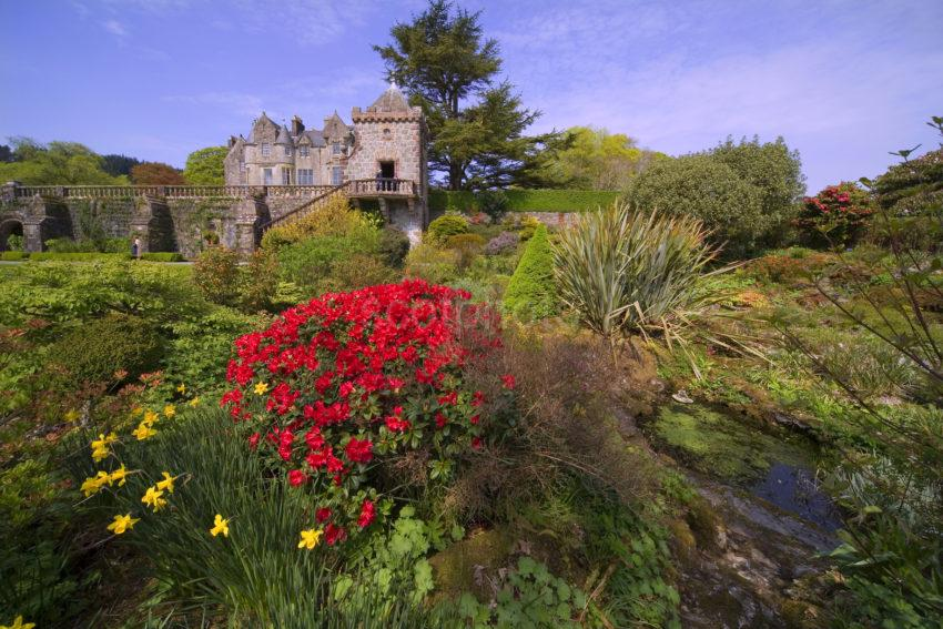 WY3Q9969 Torosay Castle From Gardens