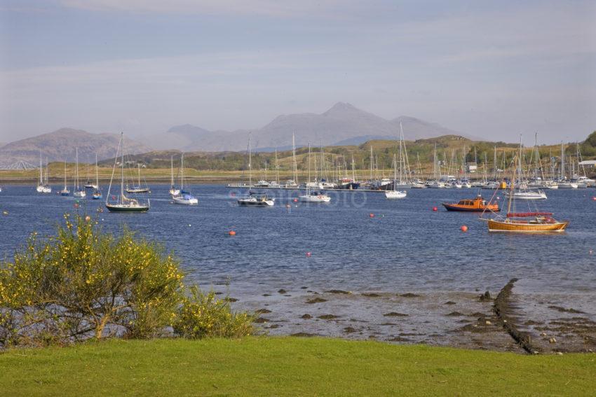 0I5D6169 Loch Etive Argyll
