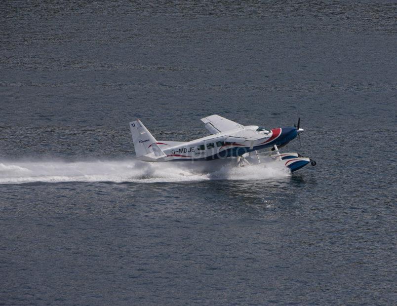 I5D6098 Seaplane Takes Off In Oban Bay Near Kerrera