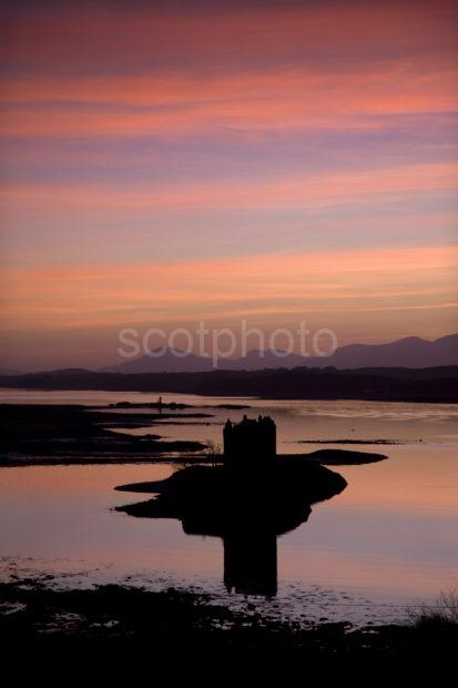 0I5D6775 Sunset Afterglow Over Castle Stalker And Mull Argyll