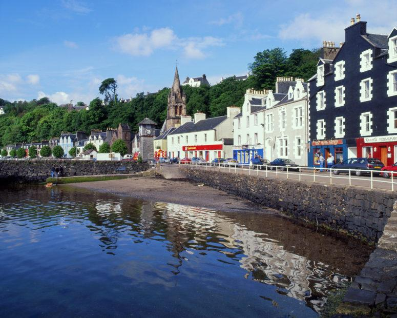 Tobermory Seafront From Pier