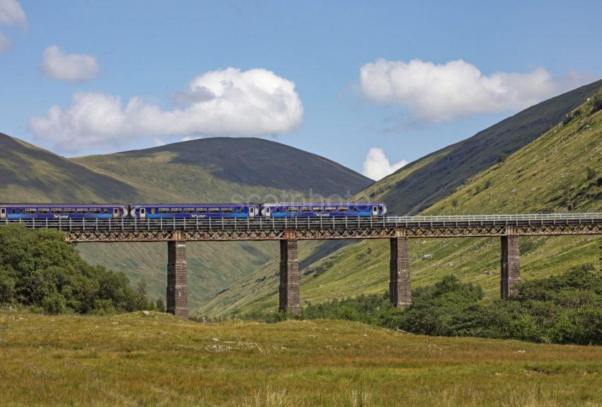 112f0af9 198a5498 156 Crossing The Horseshoe Viaduct Nr Tyndrum Fwilliam To Glasgow Line