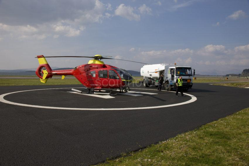 I5D2822 Helicopter Refuels At Oban Airport Connel