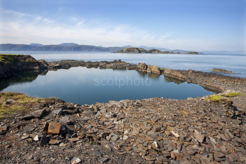 03e6a1c1 1z6e7674 Inch Island From Easdale Island