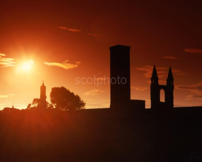 Starburst Sunset St Rules Tower And Cathedral Ruins St Andrews