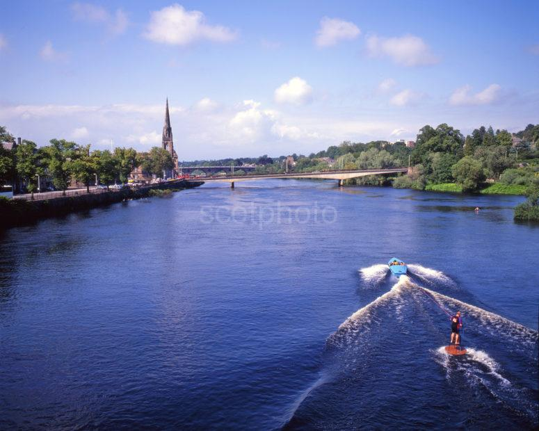 Water Sport On The River Tay In The City Of Perth