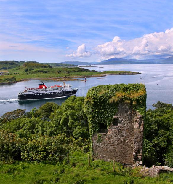 133A0259 MV Isle Of Mull From Dunollie Castle Portrait