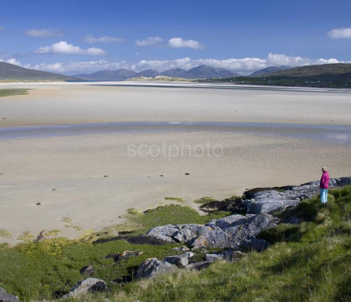 I5D2658 Tourist Admires The Great Beaches Of South Harris