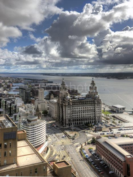0I5D3474 THE LIVER BUILDINGS PIER HEAD LIVERPOOL FROM PANORAMIC RESTAURANT 2015