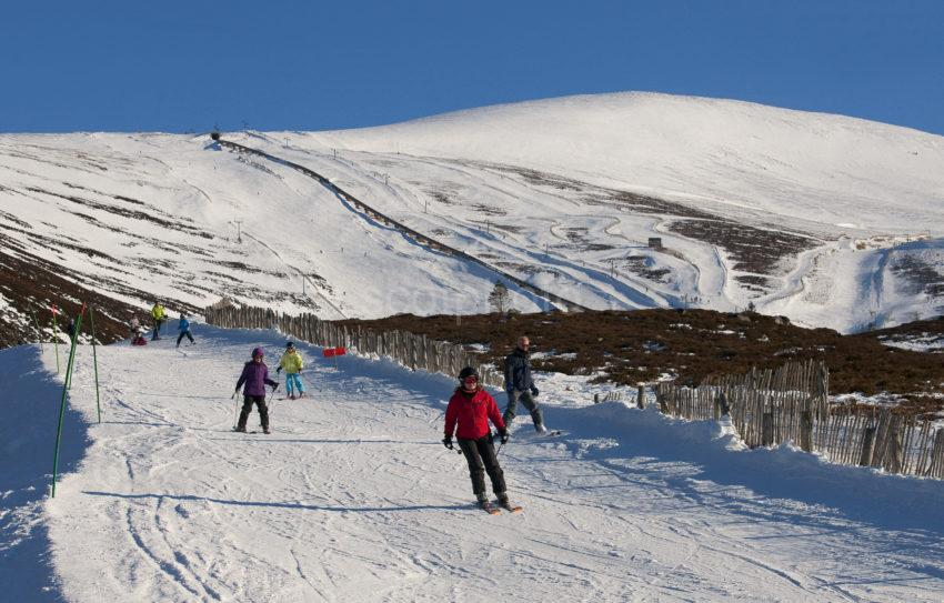 Ski Ing On The Cairgorm Slopes