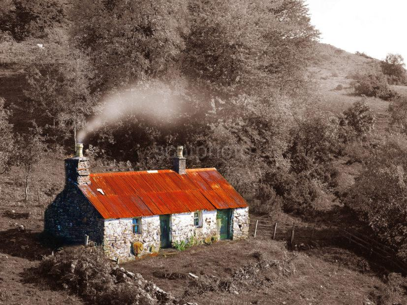 CROFT WITH TIN ROOF