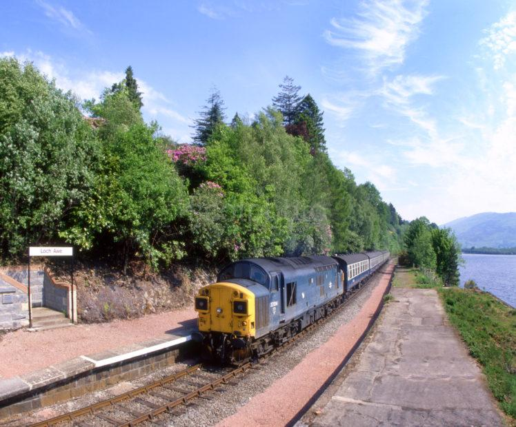 Class 37 014 Stops At Loch Awe With The Mid Day Glasgow To Oban Train Late 70s