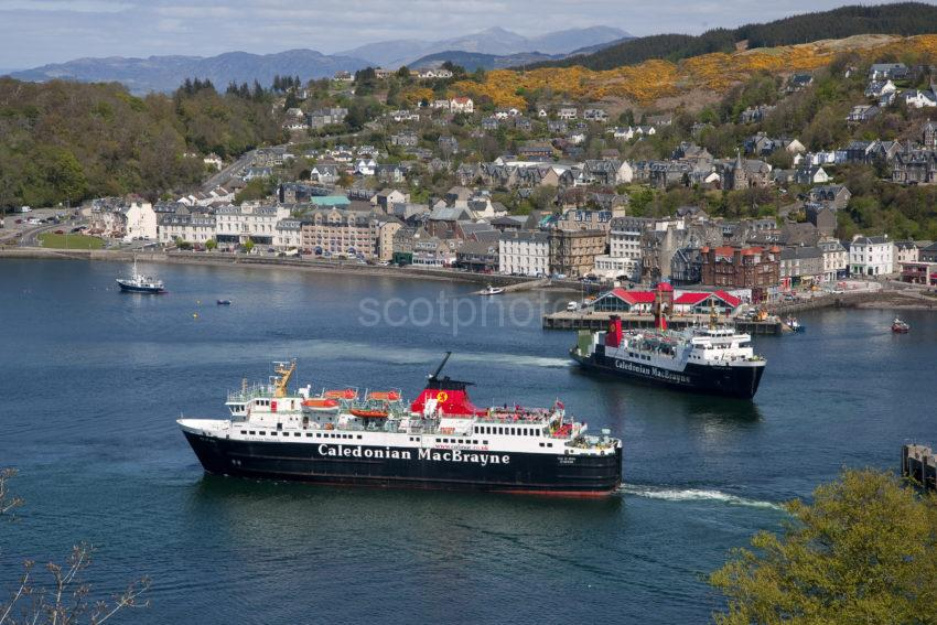 DSC 1003 HED ISLES AND MULL FERRY OBAN 2015