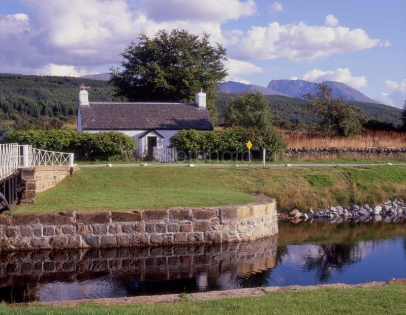 Ben Nevis From Cal Canal
