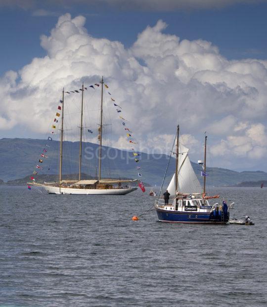 3X8G8751 Vessels Anchored Outside Crinan Harbour Portrait TL