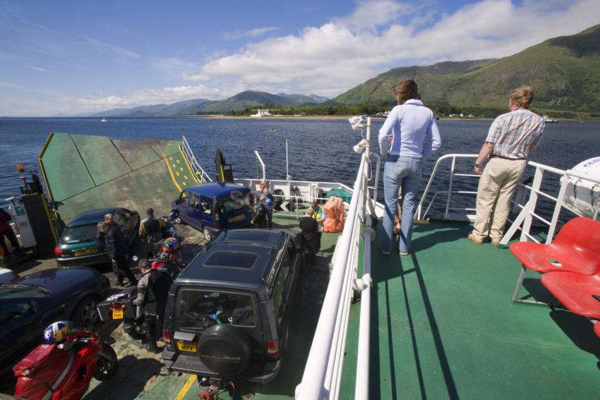 WY3Q2718 Corran Ferry To Ardgour 47MG