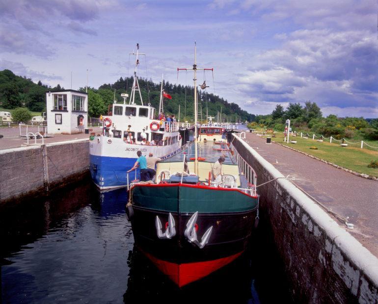 Caledonian Canal Doch Garroch Locks Great Glen