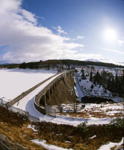 Moy Dam