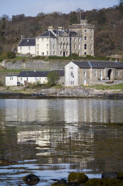 WY3Q9760 Lochnell Castle Ledaig Argyll