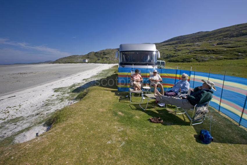 I5D0097 Motor Home At Traigh Mhor Sands