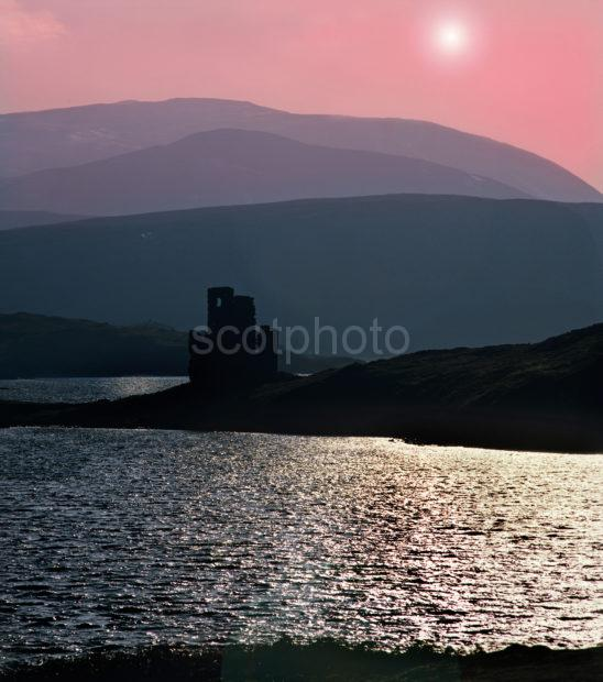 50mb A111 Ardvreck Castle Loch Assynt