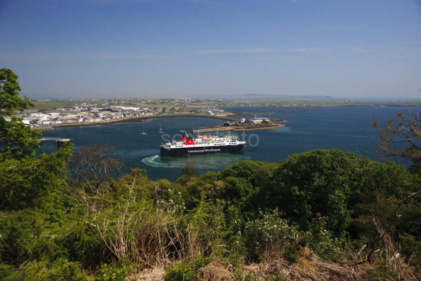 MV Isle Of Lewis Departs Stornoway Lewis WEB